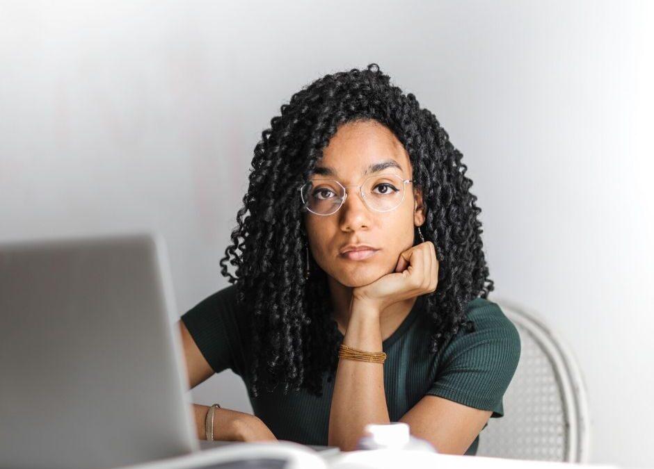 Tips para hacer de tus entrevistas virtuales un éxito